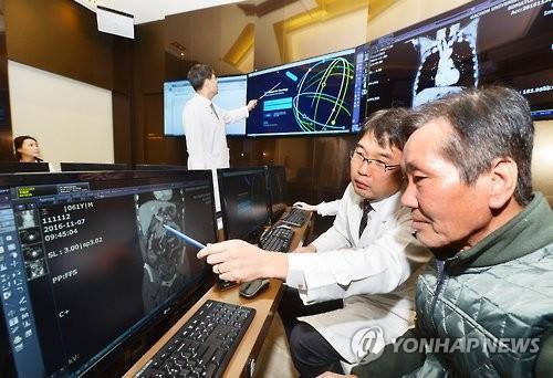 인공지능 '왓슨' 대장암 환자 첫 진료 성공