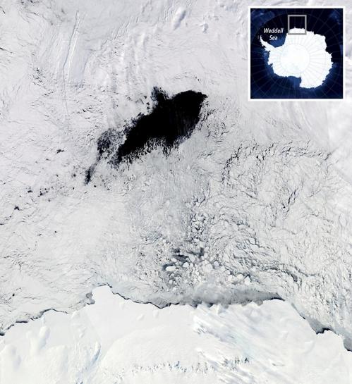 웨들해 해빙 한가운데 생긴 빙호