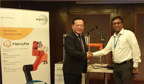 한화정밀기계, 인도 '위프로'와 공정자동화 협동로봇 협업