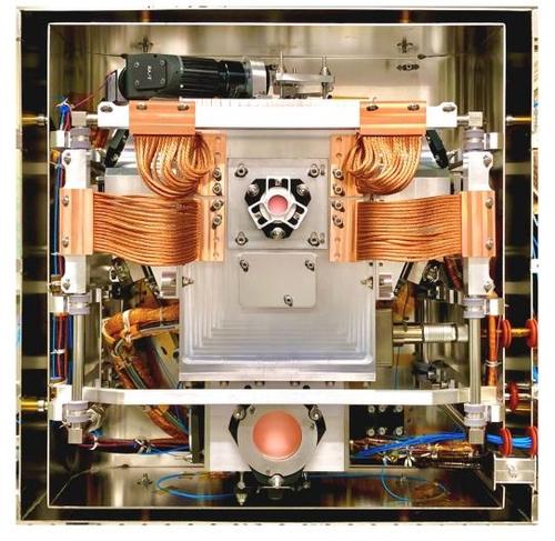 ISS에 설치된 양자물리실험 장치(CAL)