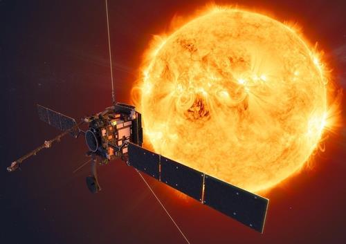 태양에 접근하는 솔라 오비터 상상도