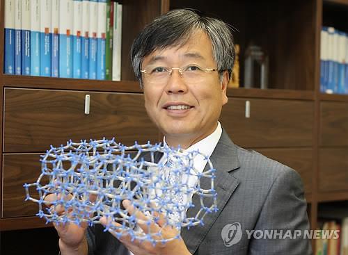 KAIST 유룡 교수