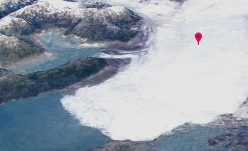 빙하가 줄어들고 있는 장면.