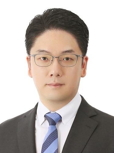 김민수 교수