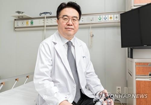 엄중식 가천대 길병원 감염내과 교수