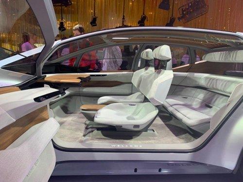 CES에 전시된 아우디 자율주행차 'AI:ME'