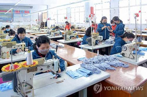'북한, 마스크 생산 본격화'